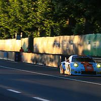 #86, Gulf Racing, Porsche 911 RSR(991), driven by: Michael Wainwright, Ben Barker, Nick Foster, 24 Heures Du Mans 85th Edition, 17/06/2017,