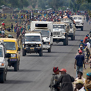 A humanitarian convoy makes its way to Rutshuru to asses the humanitarian situation of thousands of displaced people who fled fighting in recent weeks between rebel forces and the Conogolese army.
