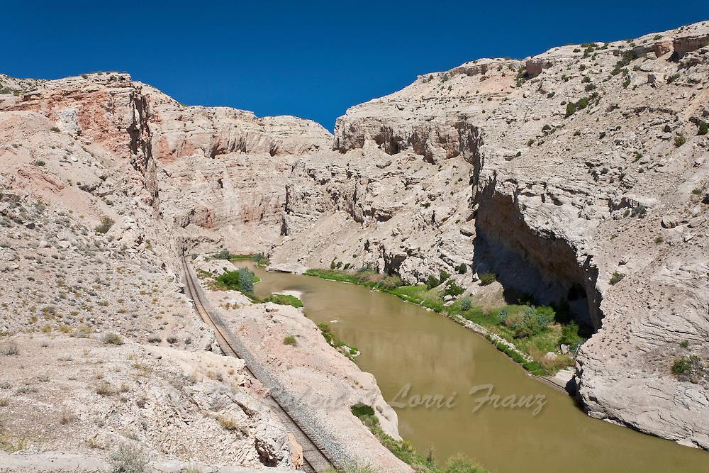 Bighorn River cutting through the Sheep Mountain Anticline
