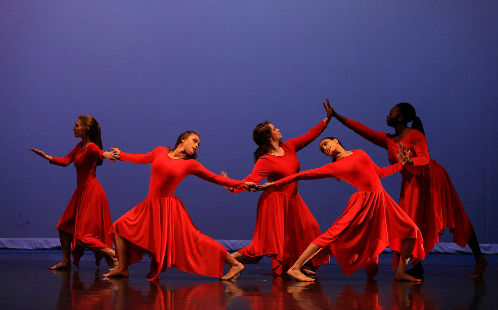 2016 University Theatre Dance Company Concert CCFA.  Central Michigan University photos by Steve Jessmore