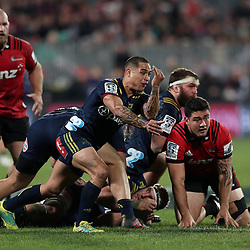 Aaron Smith passes from a ruck during the Super Rugby match between the Crusaders and Highlanders at Wyatt Crockett Stadium in Christchurch, New Zealand on Friday, 06 July 2018. Photo: Martin Hunter / lintottphoto.co.nz