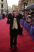 Sir Tom Courtenay. BAFTA Television Awards, sponsored by the Radio Times, Grosvenor House. London. 13 May 2001. © Copyright Photograph by Dafydd Jones 66 Stockwell Park Rd. London SW9 0DA Tel 020 7733 0108 www.dafjones.com