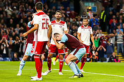 Sam Vokes of Burnley and cuts a frustrated figure - Mandatory by-line: Robbie Stephenson/JMP - 30/08/2018 - FOOTBALL - Turf Moor - Burnley, England - Burnley v Olympiakos - UEFA Europa League Play-offs second leg