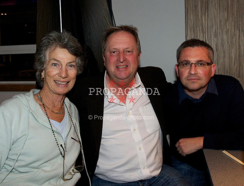 LIVERPOOL, ENGLAND - Thursday, June 16, 2011: Virginia Wade with Tradition ICAP's David Pinchin at Sakuro for a players' night out after day one of the Liverpool International Tennis Tournament. (Pic by David Rawcliffe/Propaganda)