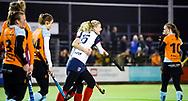 HUIZEN - hoofdklasse competitie dames, Huizen-Groningen . Lara Kok (Huizen) heeft gescoord. Huizen komt op 1-1   COPYRIGHT KOEN SUYK