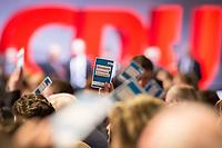 26 FEB 2018, BERLIN/GERMANY:<br /> Stimmkarten waehrend einer Abstimmung, CDU Bundesparteitag, Station Berlin<br /> IMAGE: 20180226-01-009<br /> KEYWORDS: Party Congress, Parteitag