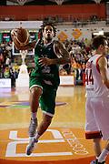 DESCRIZIONE : Roma Lega A 2012-13 Acea Virtus Roma Montepaschi Siena<br /> GIOCATORE : Daniel Hackett<br /> CATEGORIA : penetrazione tiro<br /> SQUADRA : Montepaschi Siena<br /> EVENTO : Campionato Lega A 2012-2013 <br /> GARA : Acea Virtus Roma Montepaschi Siena<br /> DATA : 12/11/2012<br /> SPORT : Pallacanestro <br /> AUTORE : Agenzia Ciamillo-Castoria/ElioCastoria<br /> Galleria : Lega Basket A 2012-2013  <br /> Fotonotizia : Roma Lega A 2012-13 Acea Virtus Roma Montepaschi Siena<br /> Predefinita :