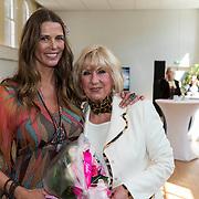 NLD/Amsterdam/20140416 - CD presentatie Heart Flow van Danielle van 't Schip - Oonk, Danielle en haar moeder Willeke Alberti
