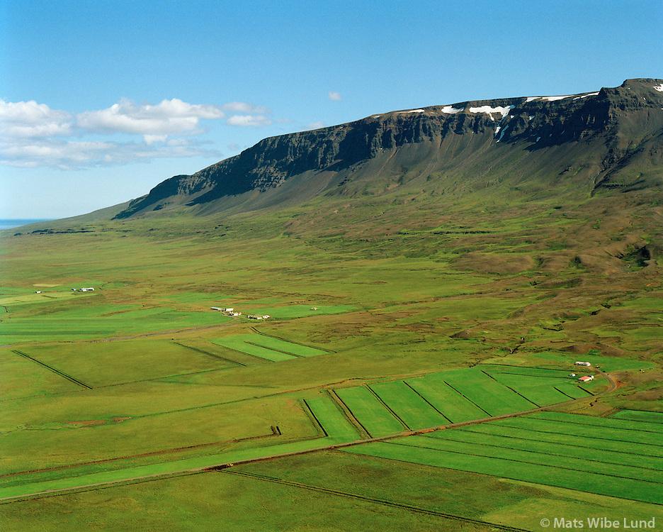 Rauðhólar séð til austurs, Vopnafjarðarhreppur / Raudholar viewing east, Vopnafjardarhreppur