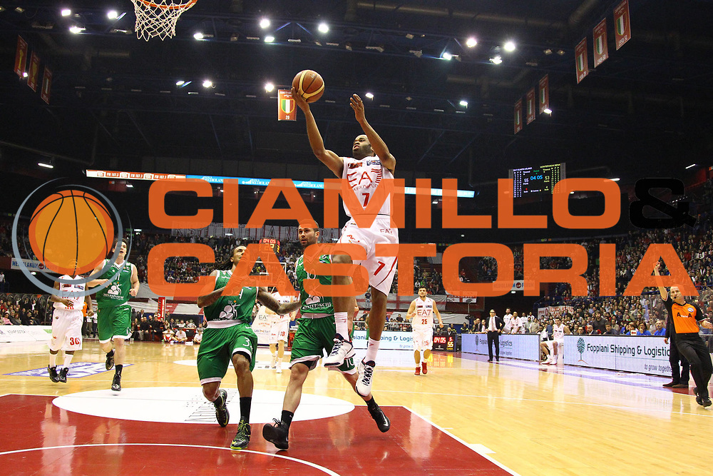 DESCRIZIONE : Milano Lega A 2012-13 EA7 Emporio Armani Milano Montepaschi Siena<br /> GIOCATORE : Malik Hairston<br /> CATEGORIA : Tiro Penetrazione Sequenza<br /> SQUADRA : EA7 Emporio Armani Milano<br /> EVENTO : Campionato Lega A 2012-2013<br /> GARA : EA7 Emporio Armani Milano Montepaschi Siena<br /> DATA : 03/03/2013<br /> SPORT : Pallacanestro <br /> AUTORE : Agenzia Ciamillo-Castoria/G.Cottini<br /> Galleria : Lega Basket A 2012-2013  <br /> Fotonotizia : Milano Lega A 2012-13 EA7 Emporio Armani Milano Montepaschi Siena<br /> Predefinita :