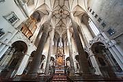 Franziskanerkirche innen, das historische Zentrum der Stadt Salzburg, UNESCO Welterbestätte, Österreich | Franciscan church inside, the historical center of the city of Salzburg, a UNESCO World Heritage Site, Austria