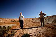 West Wyalong, New South Wales, AUS, September 21st 2007:   Farmers in Virginia, New South Wales and South Australia are struggling with severe drought - following seven miserable drought years.<br /> <br /> TØRT. Vi hørte at det skulle bli en vanlig sesong i år. DET HAR IKKE VÆRT EN VANLIG VÅR, sier Frank Sibraa høyt idet han går ned i sitt tomme, tørre vannreservoar.