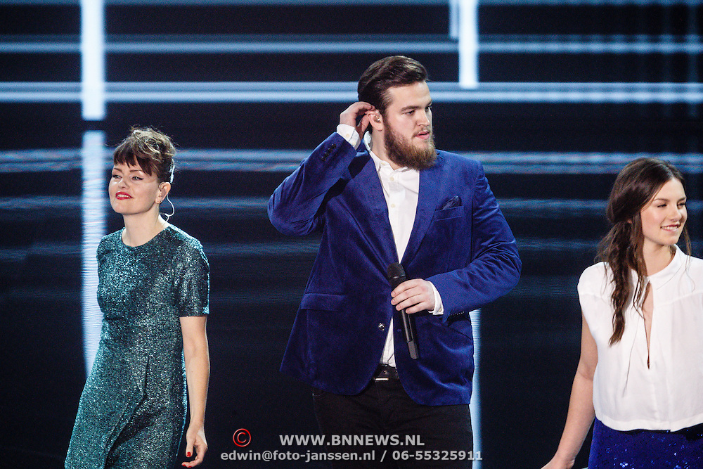 NLD/Hilversum/20160109 - 4de live uitzending The Voice of Holland 2015,