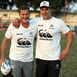 Robert du Preez (Head Coach) of the Cell C Sharks with Nicholas Easter a former professional rugby union player, who played as a Number 8 for Harlequins and the England national team, and is now part of the Harlequins coaching staff during the Cell C Sharks training, Jonsson Kings Park Stadium,Durban South Africa.27,06,2018 Photo by (Steve Haag REX Shutterstock )