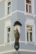 Madonna an Hausecke, Altstadt, Ingolstadt, Bayern, Deutschland | madonna, old town, Ingolstadt, Bavaria, Germany