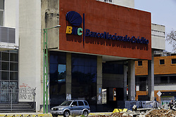 March 23, 2019 - Valencia, Carabobo, Venezuela - March 23, 2019. The national of credit bank, it is one of the many banking entities that operate in Venezuela.. The branch of the bank in the photograph is located on thebBolivar avenue of the city of Valencia, Carabobo state. Photo: Juan Carlos Hernandez (Credit Image: © Juan Carlos Hernandez/ZUMA Wire)