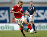 Fotball<br /> Treningskamp<br /> Danmark v Skottland<br /> 28. april 2004<br /> Foto: Digitalsport<br /> NORWAY ONLY<br /> <br />  MARTIN LAURSEN (DEN)