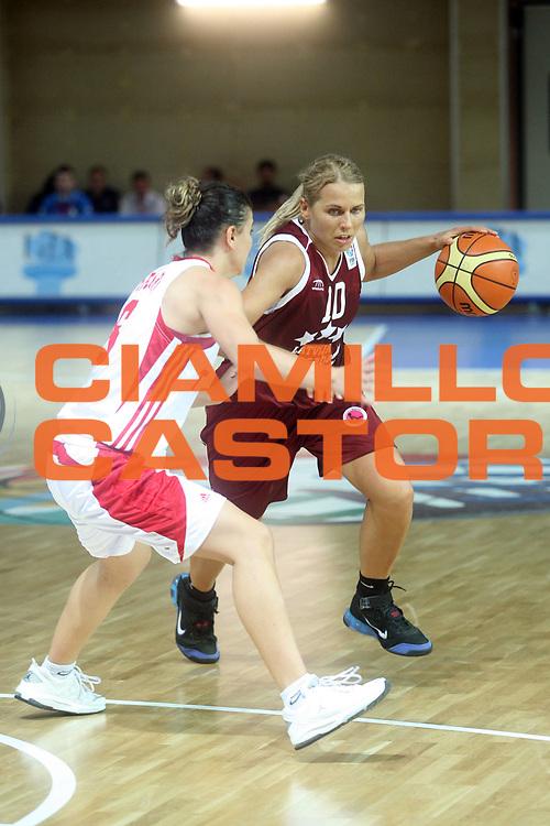 DESCRIZIONE : Vasto Italy Italia Eurobasket Women 2007 Turchia Lettonia  Turkey Latvia<br /> <br /> GIOCATORE :<br />  Anete Jekabsone-Zogota<br /> SQUADRA : Lettonia  Latvia<br /> <br /> EVENTO : Vasto Euro Basket Women 2007<br /> <br /> GARA : Turchia Lettonia  Turkey Latvia<br /> <br /> DATA : 24-09-2007<br /> <br /> CATEGORIA:<br />  Palleggio<br /> SPORT : Pallacanestro <br /> <br /> AUTORE : Agenzia Ciamillo-Castoria/G.Landonio <br /> <br /> Galleria : Fip Nazionali 2007 <br /> <br /> Fotonotizia : Vasto Euro Basket Women 2007<br /> <br /> Turchia Lettonia  Turkey Latvia<br /> <br /> Predefinita :