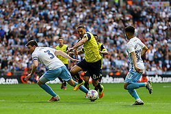 Liam Sercombe of Oxford United on attack - Photo mandatory by-line: Jason Brown/JMP -  02/04//2017 - SPORT - Football - London - Wembley Stadium - Coventry City v Oxford United - Checkatrade Trophy Final
