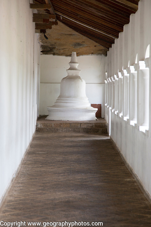 Dambulla cave Buddhist temple complex, Sri Lanka, Asia