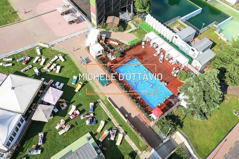 Torino, area estiva con piscina al Centro Commerciale Le GRU<br /> Estate in citt&agrave;, le piscine sono &quot;Oasi urbane&quot;