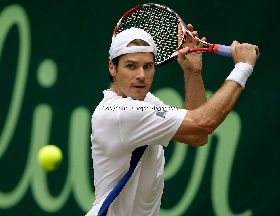 Gerry Weber Open 2009, Halle (Westf.), Tennis, ATP Turnier, Finale,Endspiel,..Tommy Haas (GER),action, Rueckhand,backhand..Foto: Juergen Hasenkopf..
