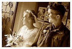 1940s Wedding Brides Arrival