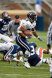 Virginia Cavaliers RB Cedric Peerman (37) carries the ball during the UVA Spring game.  The University of Virginia Football Team played their Spring game at Scott Stadium in Charlottesville, VA on April 14, 2007.