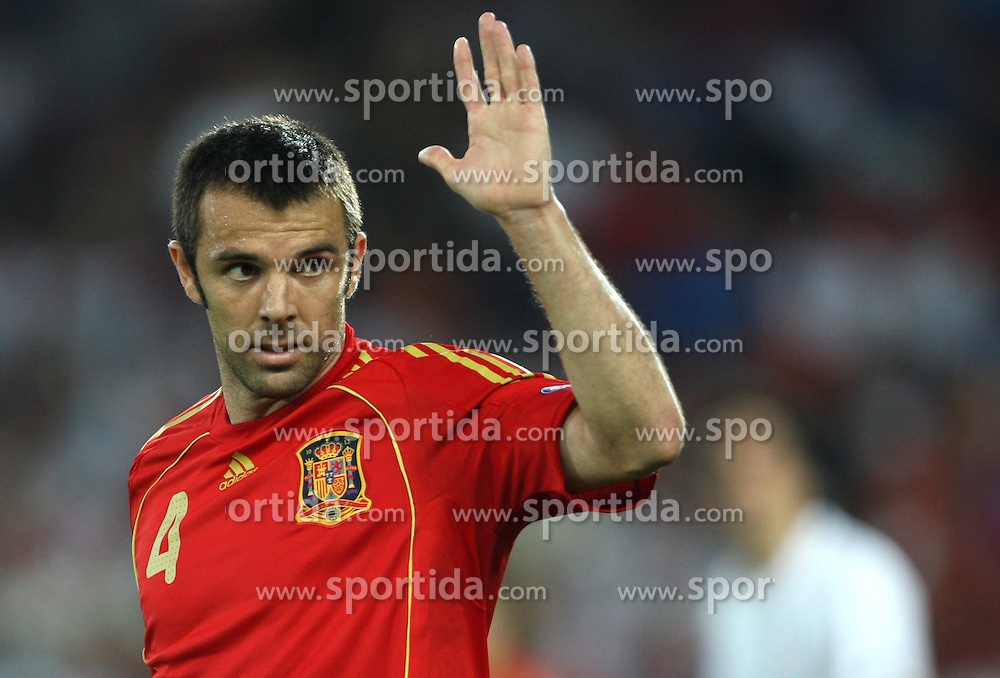 Carlos Marchena of Spain (4) during the UEFA EURO 2008 Quarter-Final soccer match between Spain and Italy at Ernst-Happel Stadium, on June 22,2008, in Wien, Austria. Spain won after penalty shots 4:2. (Photo by Vid Ponikvar / Sportal Images)