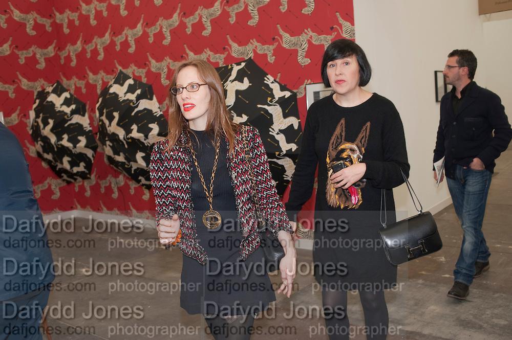 LIZ GOLDWYN; ALICE RAWTHORN, OPENING OF FRIEZE ART FAIR. Regent's Park. London.  12 October 2011. <br /> <br />  , -DO NOT ARCHIVE-© Copyright Photograph by Dafydd Jones. 248 Clapham Rd. London SW9 0PZ. Tel 0207 820 0771. www.dafjones.com.