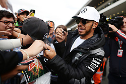 Lewis Hamilton (GBR) Mercedes AMG F1 signs autographs for the fans.<br /> 27.10.2016. Formula 1 World Championship, Rd 19, Mexican Grand Prix, Mexico City, Mexico, Preparation Day.<br />  <br /> / 271016 / action press