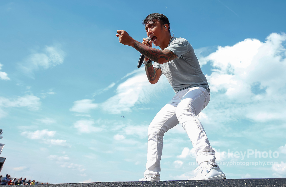 INDIANAPOLIS, IN - MAY 27: Arnel Pineda of Journey performs at the Indianapolis Motor Speedway on May 27, 2016 in Indianapolis, Indiana. (Photo by Michael Hickey/Getty Images) *** Local Caption *** Arnel Pineda