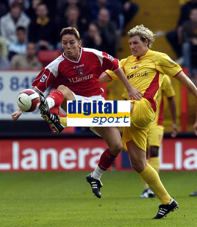 Photo: Olly Greenwood.<br />Charlton Athletic v Watford. The Barclays Premiership. 21/10/2006. Watford's Darius Henderson and Charlton's Matt Holland.