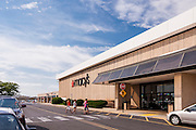 Retail exterior image of Roosevelt Plasa in Philadelphia, PA by Jeffrey Sauers of Commercial Photographics