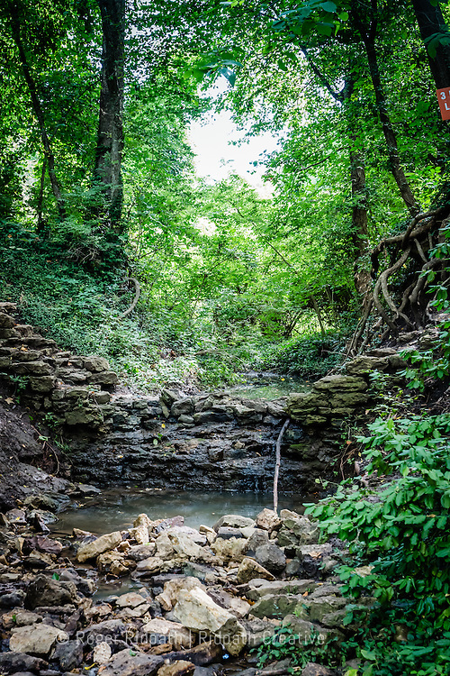 creek Cave Spring Interpretive Center