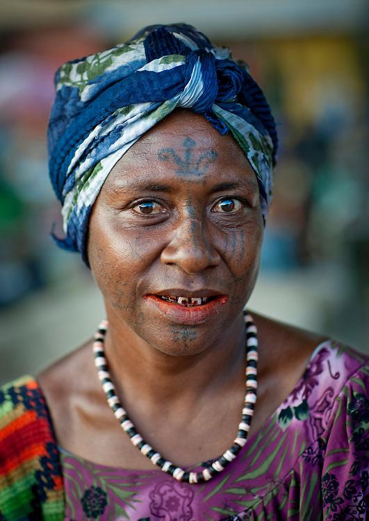 Portrait of a local woman at Kokopo Market, Rabaul, New Britain Island, Papua New Guinea.