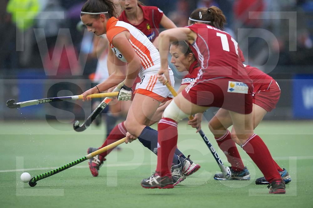 UTRECHT - VOLVO EUROHOCKEY CHAMPIONSHIPS 2011.Belgium vs Netherlands.Foto: Kiki van Wijk..FFU Press Agency  COPYRIGHT FRANK UIJLENBROEK..