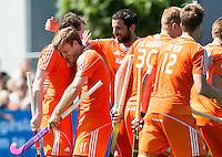 ALMERE -Vreugde bij Oranje met Jeroen Hertzberger, Valentin Verga,  tijdens de interland tussen de mannen van Nederland en Ierland (3-2) ter voorbereiding van het EK dat eind augustus in Londen wordt gehouden. COPYRIGHT KOEN SUYK