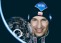 24.03.2018, Planica, Ratece, SLO, FIS Weltcup Ski Sprung, Planica, Fotoshooting, im Bild Gesamtweltcupsieger Kamil Stoch (POL) mit der grossen Kristallkugel // Overall Worldcup Winner Kamil Stoch of Poland poses with the Crystal Globe during a Photoshooting after the FIS Ski Jumping World Cup Final 2018 at Planica in Ratece, Slovenia on 2018/03/24. EXPA Pictures © 2018, PhotoCredit: EXPA/ JFK