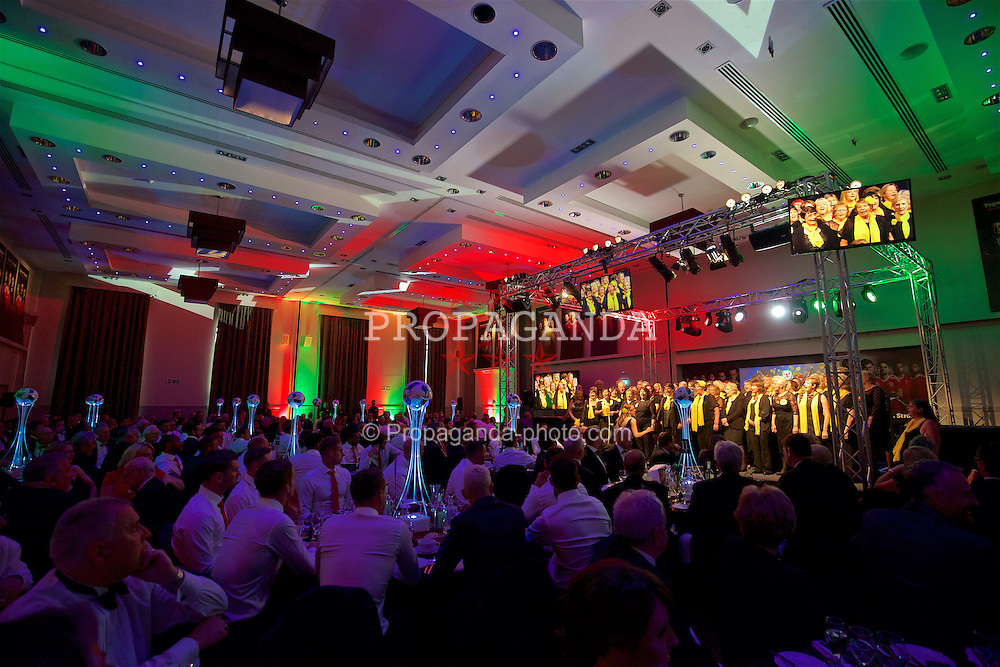 CARDIFF, WALES - Wednesday, June 1, 2016: Tenovus Choir during a charity send-off gala dinner at the Vale Resort Hotel ahead of the UEFA Euro 2016. (Pic by David Rawcliffe/Propaganda)