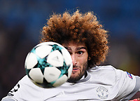 FUSSBALL CHAMPIONS LEAGUE SAISON 2017/2018 GRUPPENPHASE FC Basel - Manchester United FC          22.11.2017 Marouane Fellaini (Manchester United FC) visiert den Ball