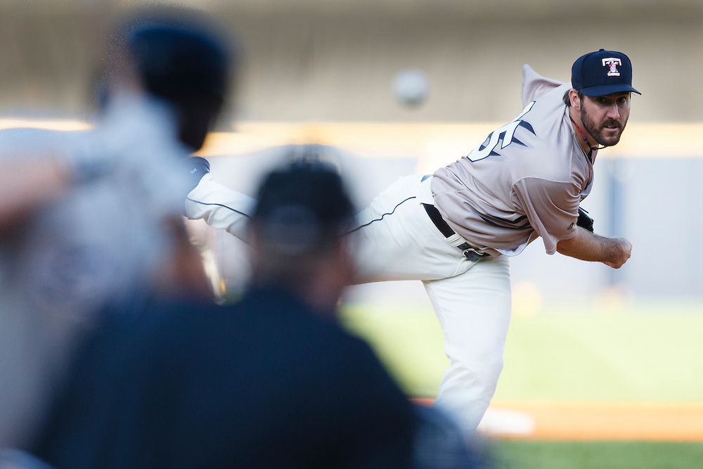 Detroit Tigers pitcher Justin Verlander, playing for the Toledo Mud Hens in a rehab start, pitches in the third inning of a Triple-A baseball game against the Columbus Clippers in Toledo, Ohio, Saturday, June 6, 2015. (AP Photo/Rick Osentoski)