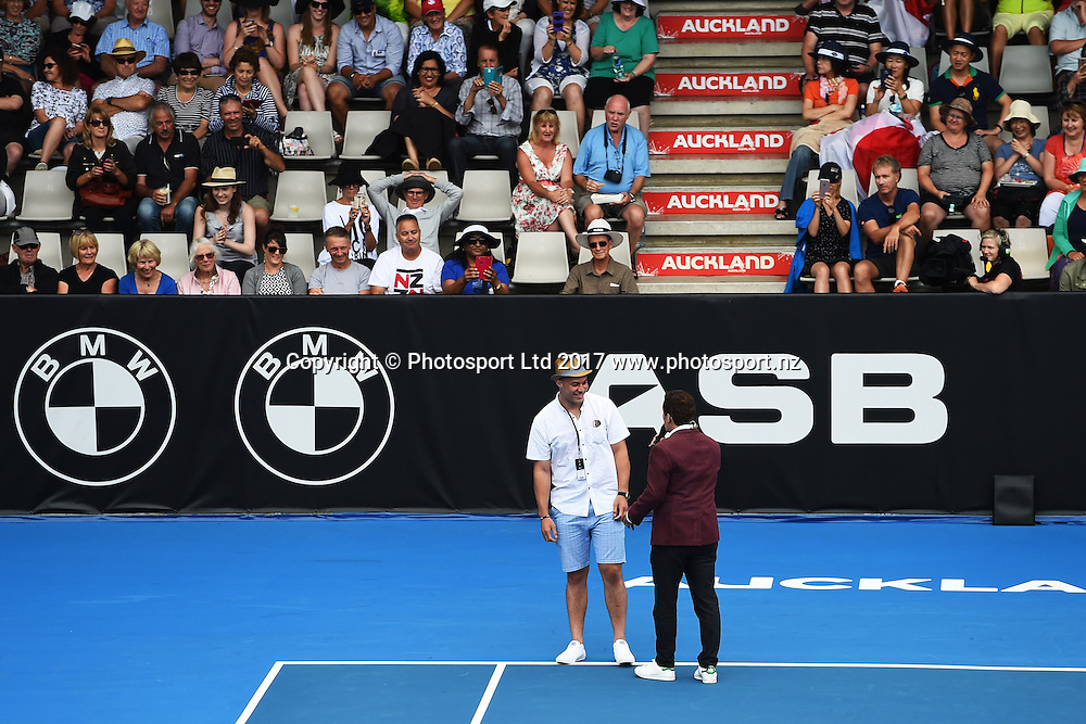 WBO Heavyweight boxing champion Joseph Parker makes a special appearance on centre court during the opening day of the ASB Classic. WTA Womens Tournament. ASB Tennis Centre, Auckland, New Zealand. Monday 2 January 2017. ©Copyright Photo: Chris Symes / www.photosport.nz