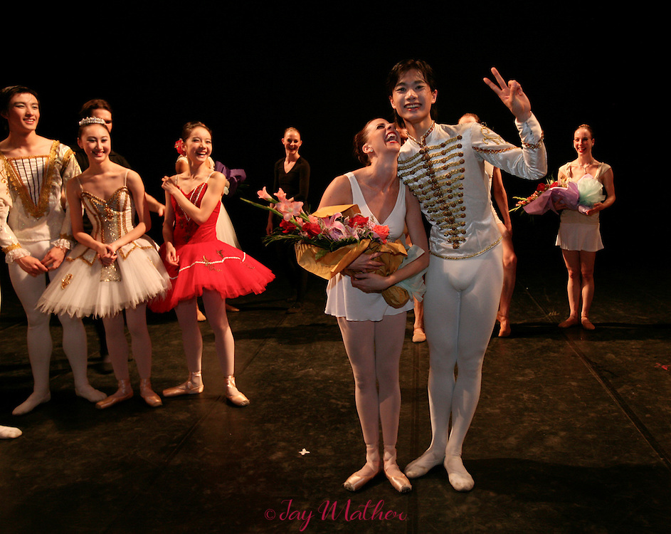 Kirsten Bloom and Huang Jun Shuang enjoy the post-performance festivities after the joint performance by the Sacramento and Shanghai Ballet Companies at the Majestic Theatre in Shanghai Friday, May 4, 2007.