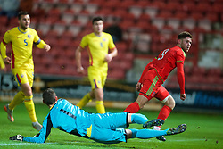 WREXHAM, WALES - Tuesday, November 17, 2015: Wales' Wesley Burns scores the first equalising goal against Romania during the UEFA Under-21 Championship Qualifying Group 5 match at the Racecourse Ground. (Pic by David Rawcliffe/Propaganda)