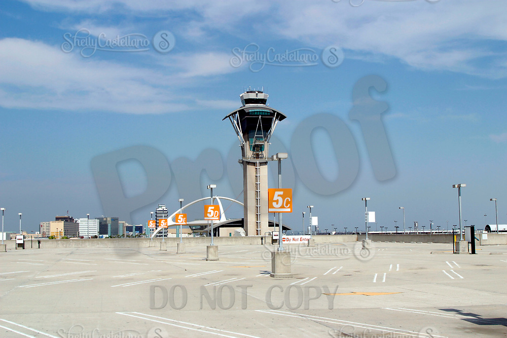 Jul 04, 2002; Los Angeles, CA, USA; Main air traffic control tower watches over empty parking lot across from the closed Tom Bradley Internaltional terminal at Los Angeles International airport on one the largest travel weekends in Southern California. Over one million people expected to come through this airport on a 4 day holiday weekend. <br />