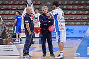 DESCRIZIONE : Campionato 2015/16 Serie A Beko Dinamo Banco di Sardegna Sassari - Consultinvest VL Pesaro<br /> GIOCATORE : Matteo Boccolini Roberto Venerandi Lorenzo D'Ercole<br /> CATEGORIA : Fair Play Before Pregame<br /> SQUADRA : Dinamo Banco di Sardegna Sassari<br /> EVENTO : LegaBasket Serie A Beko 2015/2016<br /> GARA : Dinamo Banco di Sardegna Sassari - Consultinvest VL Pesaro<br /> DATA : 23/11/2015<br /> SPORT : Pallacanestro <br /> AUTORE : Agenzia Ciamillo-Castoria/L.Canu