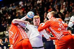 16.01.2020, Wiener Stadthalle, Wien, AUT, EHF Euro 2020, Weißrussland vs Deutschland, Hauptrunde, Gruppe I, im Bild v. l. Viachaslau Bokhan (BLR), Philipp Weber (GER), Siarhei Shylovich (BLR) // f. l. Viachaslau Bokhan (BLR) Philipp Weber (GER) Siarhei Shylovich (BLR) during the EHF 2020 European Handball Championship, main round group I match between Belarus and Germany at the Wiener Stadthalle in Wien, Austria on 2020/01/16. EXPA Pictures © 2020, PhotoCredit: EXPA/ Florian Schroetter