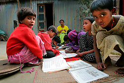BANGLADESH SIRAJGANJ RADHUNIBARI 30JAN07 - Children during a village primary school session in the open near the Jamunar river area, traditionally prone to flooding during the Monsoon season...jre/Photo by Jiri Rezac..© Jiri Rezac 2007..Contact: +44 (0) 7050 110 417.Mobile:  +44 (0) 7801 337 683.Office:  +44 (0) 20 8968 9635..Email:   jiri@jirirezac.com.Web:    www.jirirezac.com..© All images Jiri Rezac 2007 - All rights reserved.