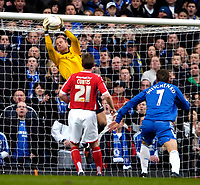 Photo: Ed Godden/Sportsbeat Images.<br /> Chelsea v Nottingham Forest. The FA Cup. 28/01/2007.<br /> Forest's keeper, Paul Smith saves a close-range header from Anriy Shevchenko.